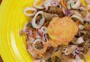 Huevos orly con calamares encebollados